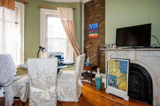 12 East Springfield Street-small-024-Living Room-666x443-72dpi