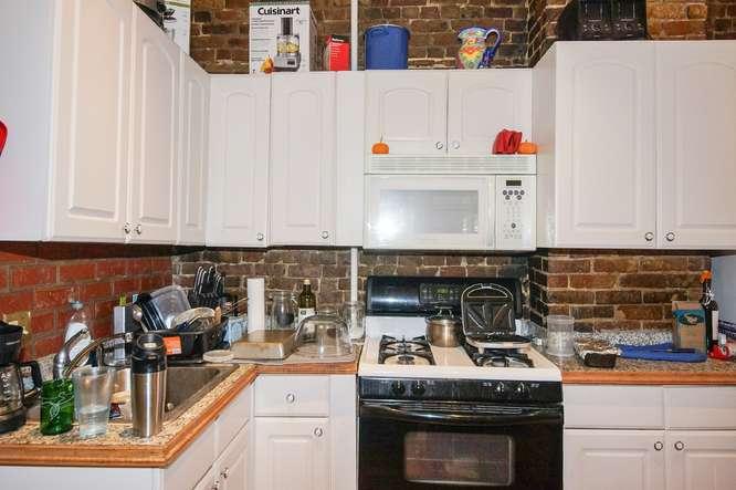 12 East Springfield Street-small-027-Kitchen-666x443-72dpi
