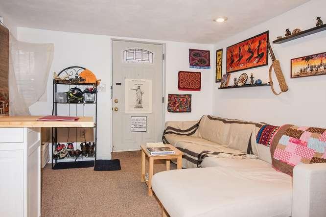 12 East Springfield Street-small-034-Living Room-666x443-72dpi