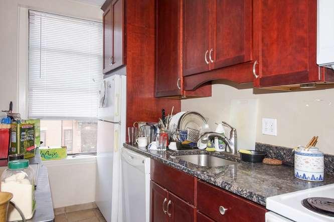 88 East Brookline Street-small-011-Kitchen-666x443-72dpi
