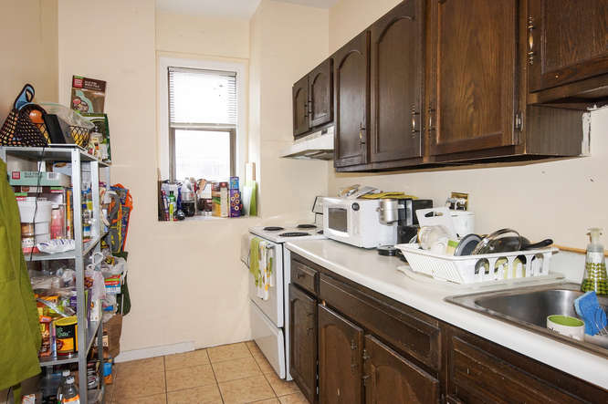 88 East Brookline Street-small-018-Kitchen-666x443-72dpi