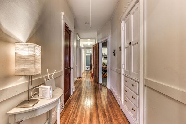 21_hallway